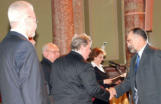 Receiving the Hevesy Award, Hungarian Science Festival 2010